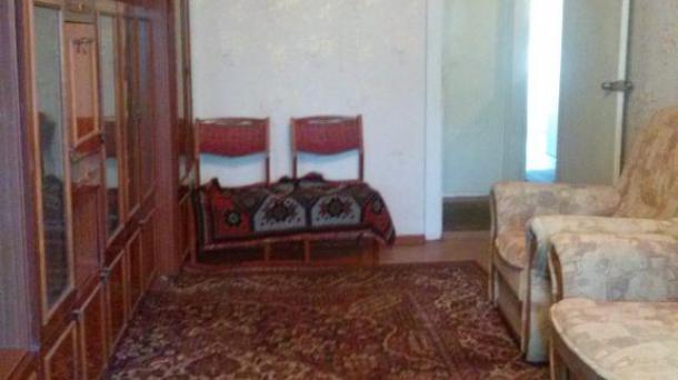 Хорошая двухкомнатная квартира на проспекте Мира !