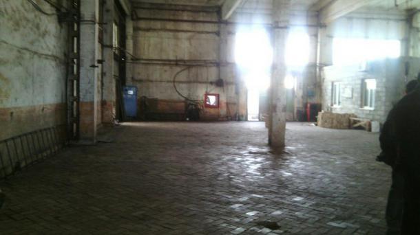 Сдам складские помещения на территории ШПФ площадью 1700 кв.м.