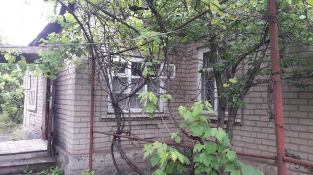 Продаю кирпичный добротный дом , по ул Сухумская, Долгинцевский район.