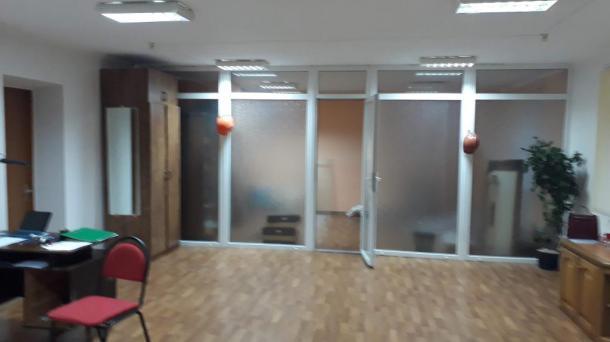 Сдаются офисные помещения на 98 квартале.
