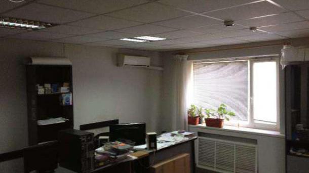 Сдается офисное помещение с мебелью
